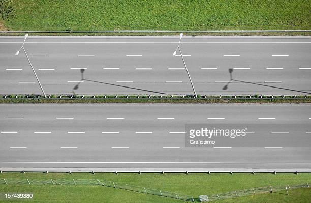 Luftbild von grey leere highway