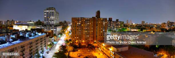 aerial view of harlem at night in new york, usa - victor ovies fotografías e imágenes de stock