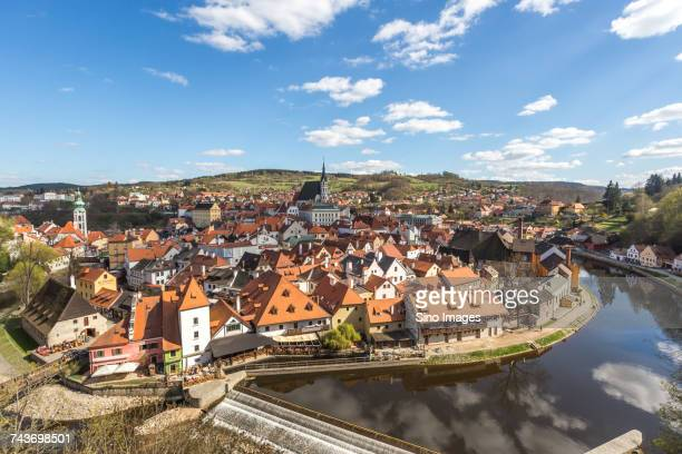 aerial view of historical old town and cesky krumlov state castle, cesky krumlov, czech republic - cesky krumlov castle stock photos and pictures