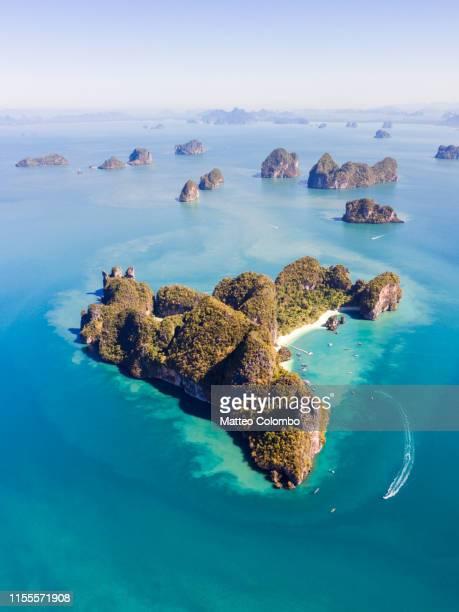 aerial view of hong island, thailand - railay strand stock-fotos und bilder