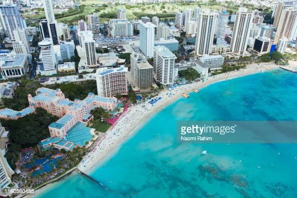 aerial view of honolulu city skyline, tourist resorts and waikiki beach, hawaii - waikiki stock pictures, royalty-free photos & images