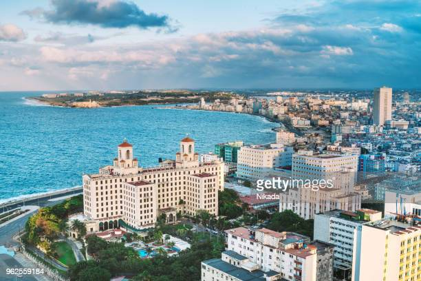 aerial view of hotel nacional de cuba - havana stock pictures, royalty-free photos & images