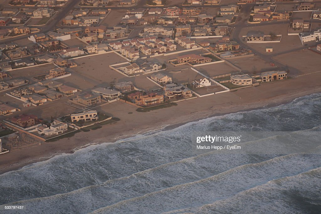 Aerial View Of Houses On Beach : Foto stock