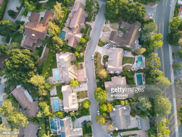 aerial view of houses - cul de sac stock pictures, royalty-free photos & images