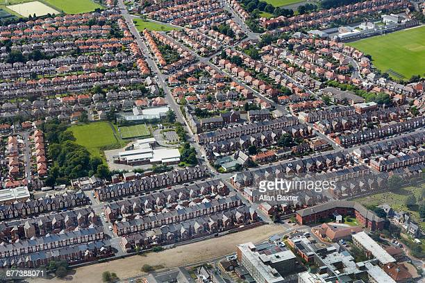 aerial view of housing in arthurs hill - newcastle upon tyne stock pictures, royalty-free photos & images
