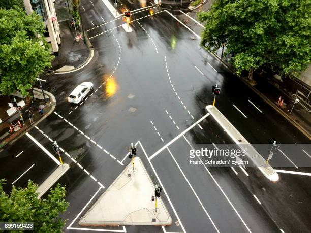aerial view of intersection - sydney rain stock pictures, royalty-free photos & images