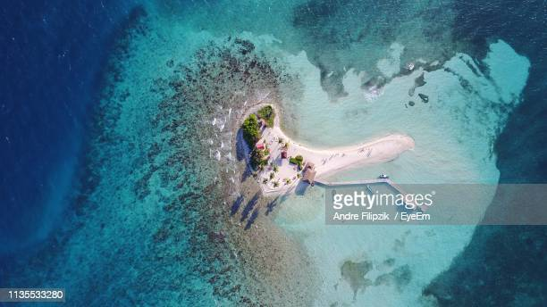aerial view of island - belize stock pictures, royalty-free photos & images