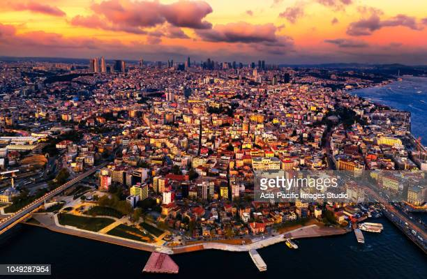 vista aérea de istambul ao pôr do sol, turquia - istanbul - fotografias e filmes do acervo