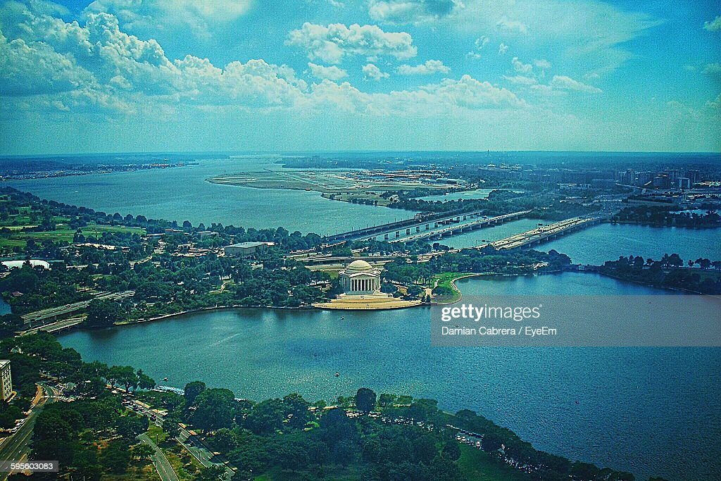 Aerial View Of Jefferson Memorial And Sea Against Cloudy Sky : Stock Photo