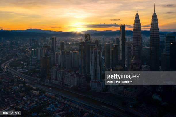 aerial view of kuala lumpur city in the morning, malaysia skyline, malaysia - top foto e immagini stock