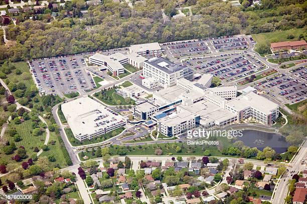 Vue aérienne de l'hôpital de grandes