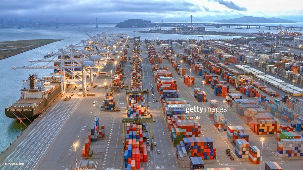 Aerial view of large shipping docks in harbour, Oakland, California : Stock Photo