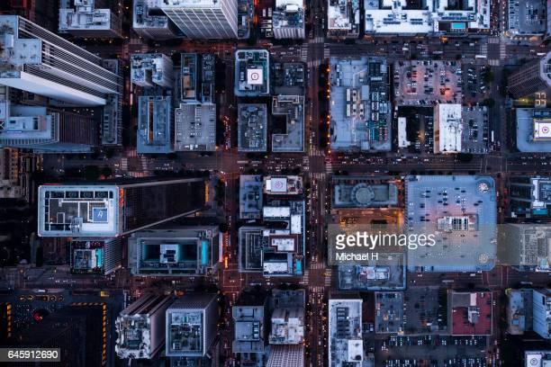 aerial view of los angeles city buildings at twilight time - city of los angeles stockfoto's en -beelden