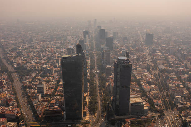 MEX: Mexico City Imposes Restrictions To Cars Due to High Level of Air Pollution