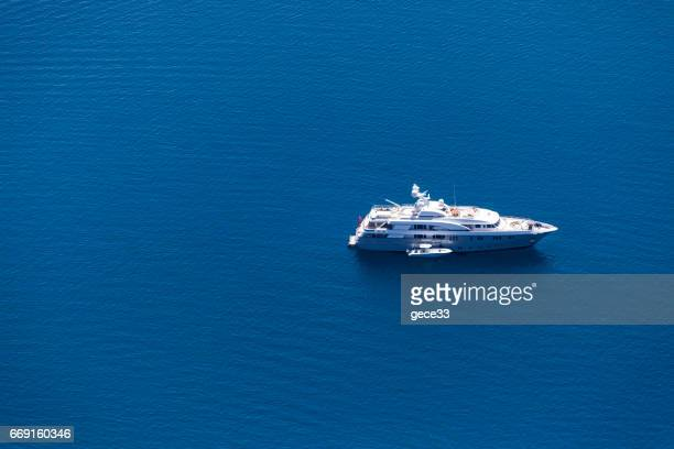 aerial view of luxury motoryacht - luxury yacht stock pictures, royalty-free photos & images