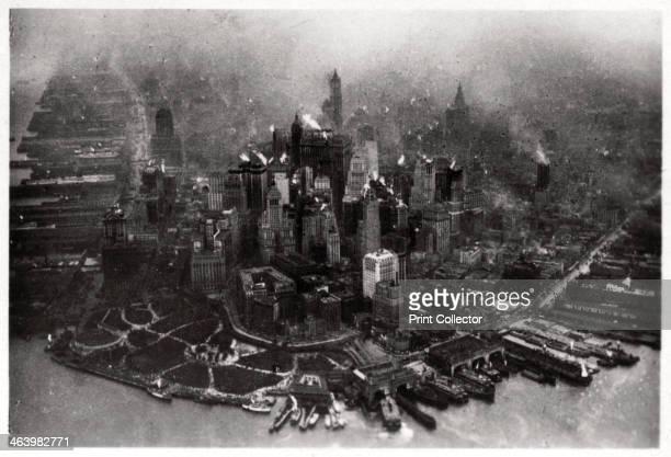 Aerial view of Manhattan New York City USA from a Zeppelin 1928 A photograph from ZeppelinWeltfahrten Vom ersten Luftschiff 1899 bis zu den Fahrten...