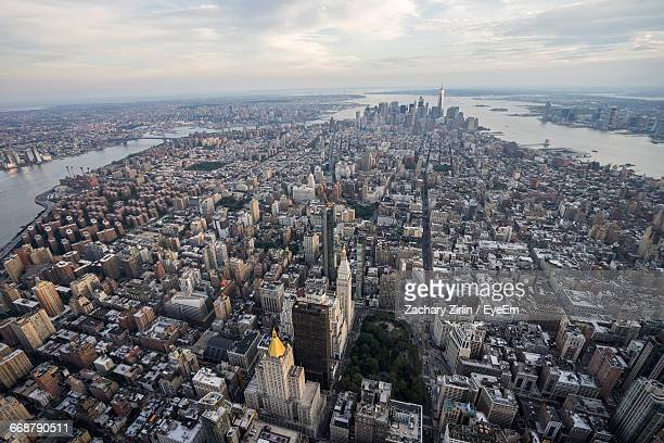 aerial view of manhattan - madison avenue stock pictures, royalty-free photos & images