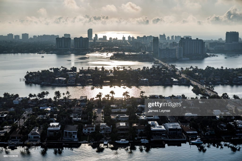 Aerial view of Miami and the Venetian Islands : Stock-Foto