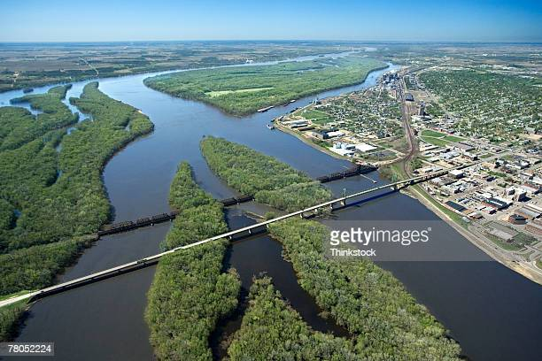aerial view of mississippi river, iowa - river mississippi stock photos and pictures