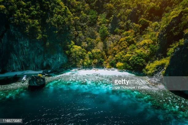 aerial view of mountain at beach - el nido stock pictures, royalty-free photos & images