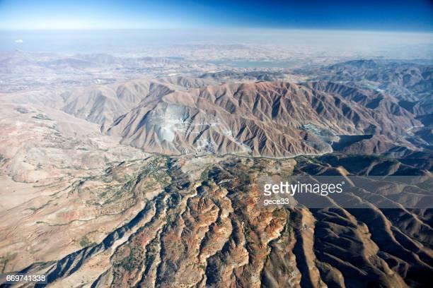 Luftbild der Berge in der Wüste