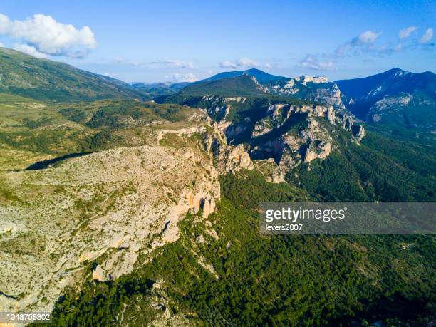 aerial view of moustiers sainte marie, provence, france. - alpes de haute provence stock photos and pictures