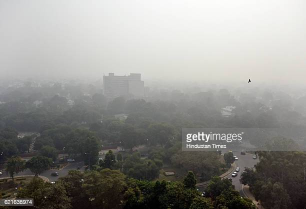 Aerial view of New Delhi as thick layer of smog engulfs the city on November 7 2016 in New Delhi India A million school children were forced to stay...