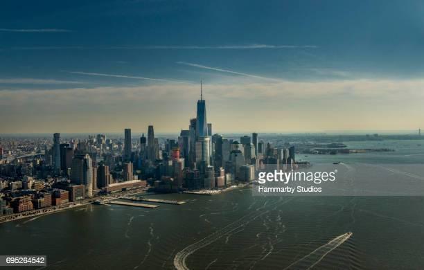 Luftaufnahme der Skyline von New York City per Hubschrauber