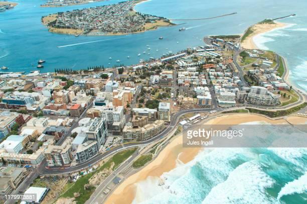 aerial view of newcastle beach - 豪州 ニューカッスル ストックフォトと画像