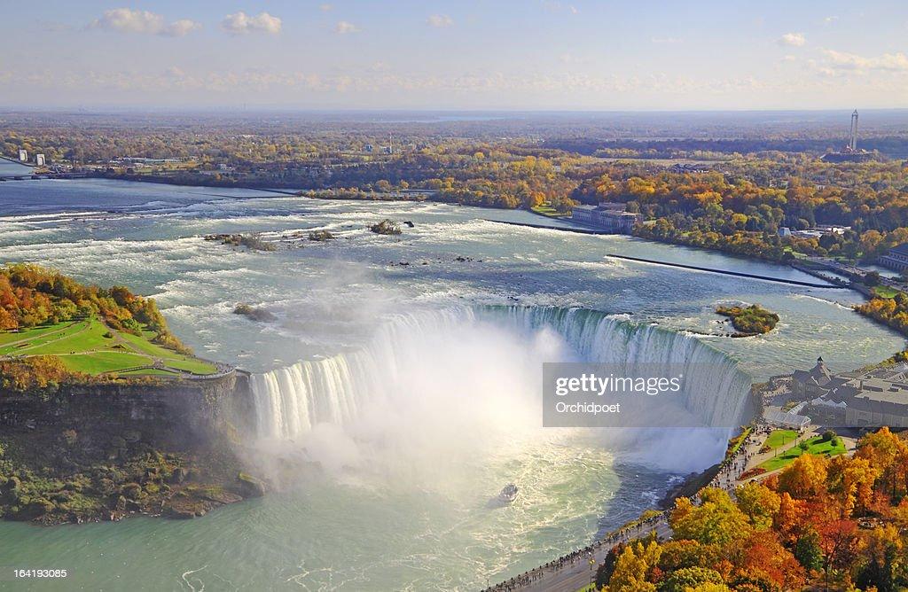 Aerial view of Niagara Falls in autumn : Stock Photo
