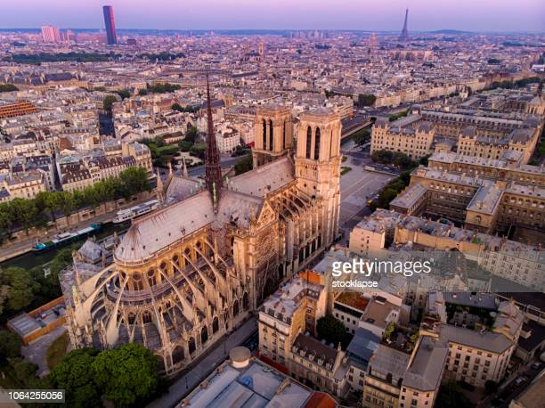 aerial view of notre dame cathedral in paris, france - notre dame de paris stock photos and pictures