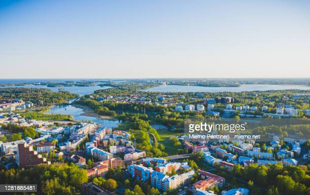 aerial view of pikku huopalahti & munkkiniemi districts in helsinki, finland during summertime - ヘルシンキ ストックフォトと画像