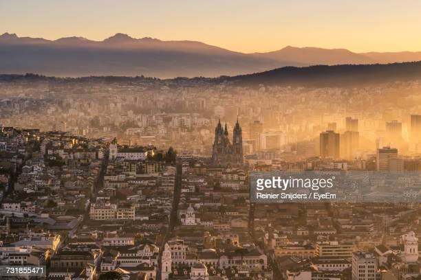 aerial view of quito - ecuador stock pictures, royalty-free photos & images