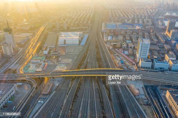aerial view of railway track - bahnhof fotos stock-fotos und bilder