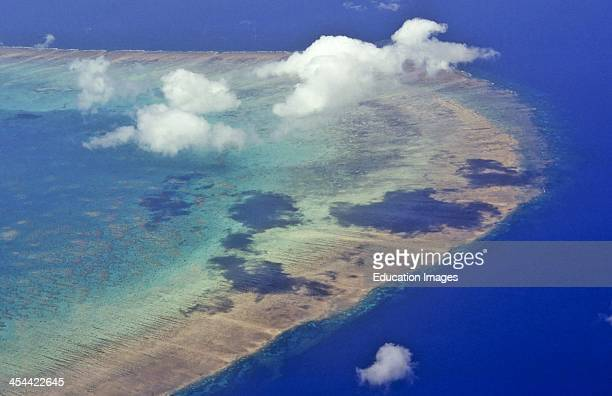 Aerial view of reef and coral cay, Great Barrier Reef, Queensland, Australia, .