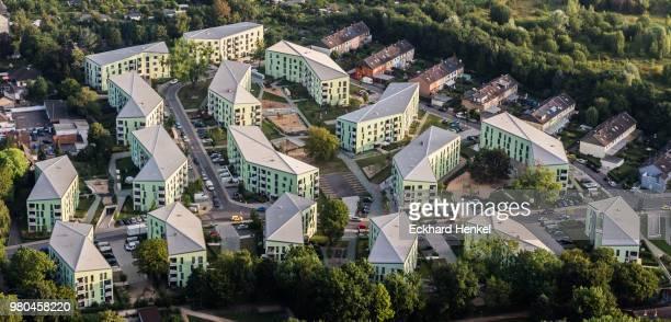 aerial view of residental estate buchheimer weg in cologne - weg bildbanksfoton och bilder