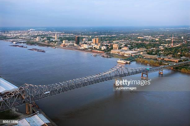 aerial view of river in baton rouge, louisiana - baton rouge foto e immagini stock