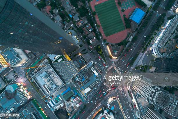 aerial view of road cross - liyao xie stockfoto's en -beelden