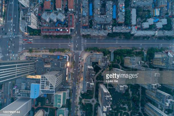 aerial view of road intersection - liyao xie photos et images de collection