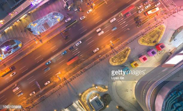 aerial view of road - liyao xie stockfoto's en -beelden