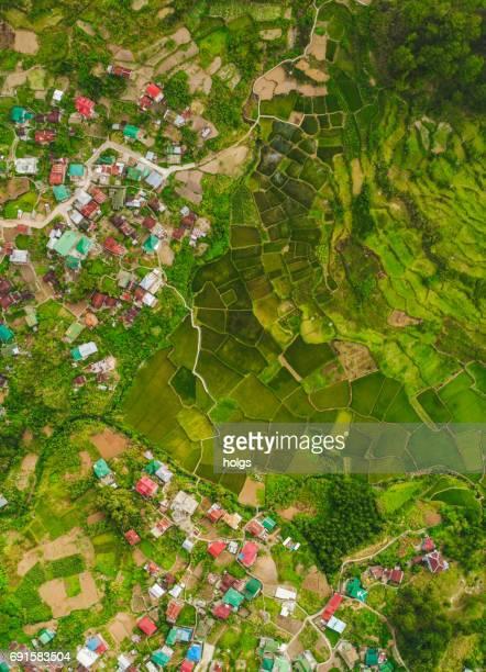 vista aérea de sagada, norte de filipinas - paisajes de filipinas fotografías e imágenes de stock