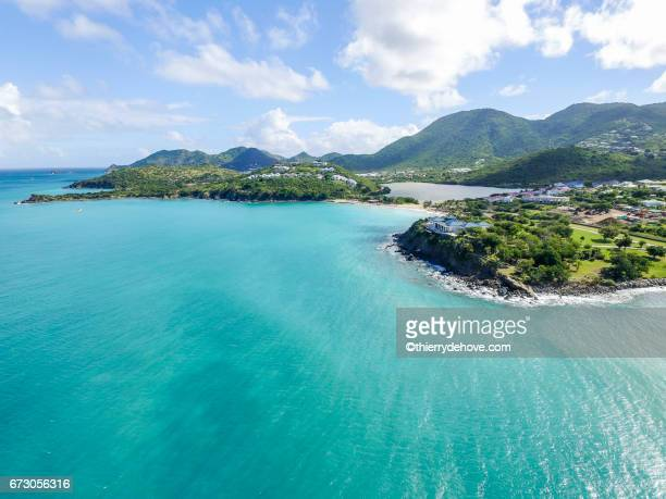 aerial view of saint martin beaches - sint maarten caraïbisch eiland stockfoto's en -beelden
