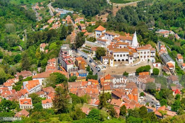 vista aérea de sintra, portugal - sintra fotografías e imágenes de stock