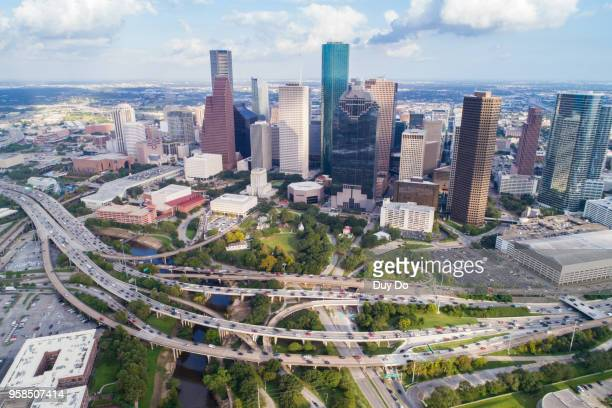 aerial view of skyline downtown houston building city, at buffalo bayou park, houston, texas, usa - houston texas fotografías e imágenes de stock