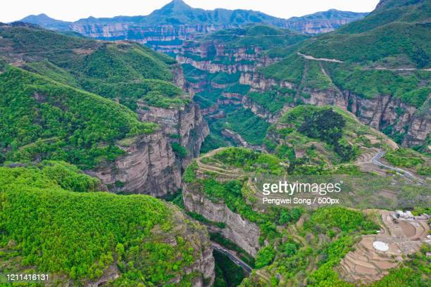 aerial view of south taihang mountain - 太行山脈 ストックフォトと画像