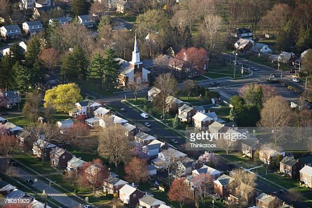 aerial view of suburban philadelphia, pennsylvania - filadelfia pensilvania fotografías e imágenes de stock