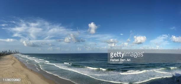 aerial view of surfers paradise, gold coast, australia - rafael ben ari stock-fotos und bilder