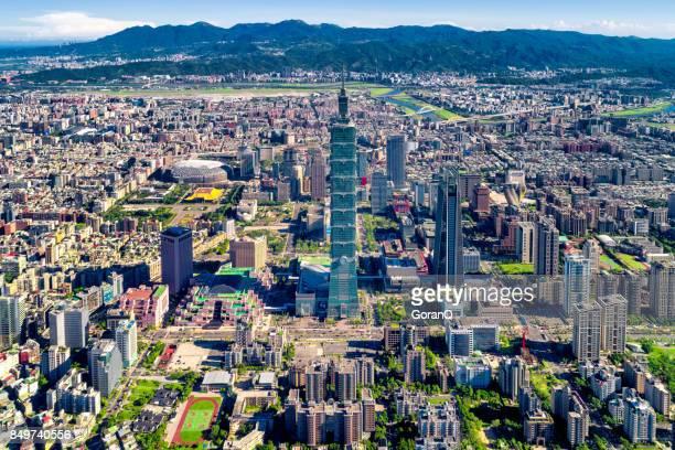 臺北與著名的地標臺北 101 大樓,臺灣的鳥瞰圖 - taipei 101 個照片及圖片檔