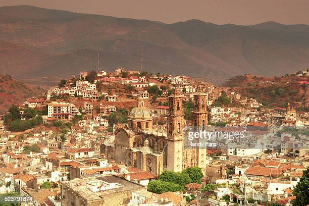 aerial view of taxco - ゲレーロ州 ストックフォトと画像