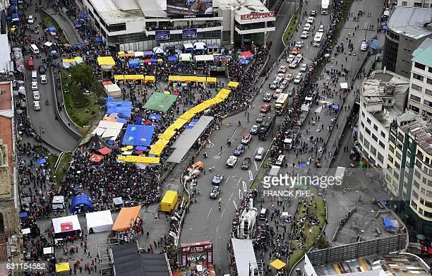 Aerial view of the 2017 Dakar Rally podium ceremony in La Paz Bolivia on January 7 2017 / AFP / FRANCK FIFE